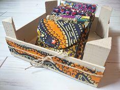Monederitos con telas africanas.