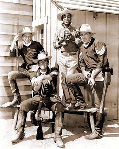 Sergeants 3.. Frank Sinatra, Sammy Davis Jr., Peter Lawford and Dean Martin.