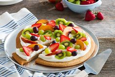 Fruity, creamy, sweet. This dessert lover's pizza is the sure-fire contribution to any get-together. So good, you'll almost forget there was ever a savoury version.