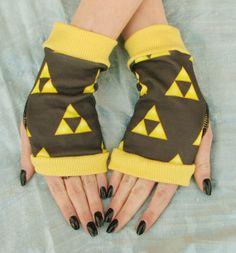 Zelda Triforce fingerless gloves Legend of Zelda  by Steampunkwolf, $18.00