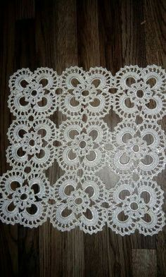 PDF Crochet runner pattern - Home decor - vintage crochet Crochet Tablecloth Pattern, Crochet Doily Patterns, Crochet Blocks, Crochet Borders, Crochet Art, Filet Crochet, Crochet Motif, Vintage Crochet, Crochet Crafts