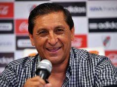 """Irónico Ramón con Boca. """"Mucho no podía esperar, jugaba el primero y uno de los últimos"""". Mirá qué más dijo http://www.minutouno.com/c288775"""