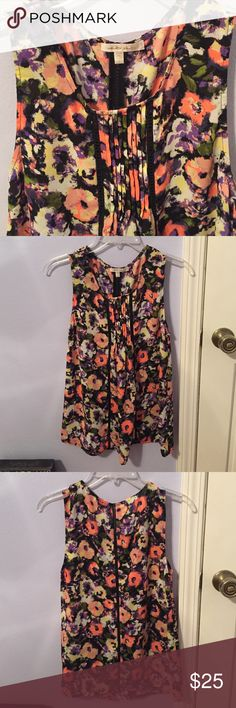 Floral Tank EUC! Beautiful floral tank blouse. Bought from a local boutique in BR. *NO TRADES* Tops Blouses