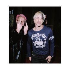 "Michael ""Flea"" Balzary and Anthony Kiedis at the 10th Annual Billboard Music Awards on December 8, 1999. Photo by SGranitz #AnthonyKiedis #MichaelFleaBalzary #RHCP #Californication"