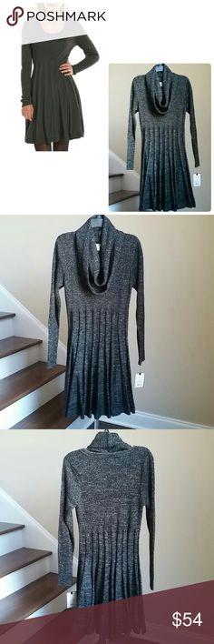🆕30% OFF BUNDLES 🎉 DANA BUCHMAN DRESS Flattering long sleeve fit & flare metallic sweater dress from Dana Buchman. Features textured stripe skirt, removable matching scarf. 84% Acrylic, 16% Lurex. Dana Buchman Dresses Long Sleeve