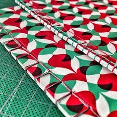 royalstudio:  Giving @anatypestype a #bookbinding #workshop with her lovely  patterns! (em Royal Studio)
