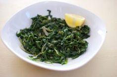 Gekochtes wildes Blattgemüse (Chorta) | Griechische Küche