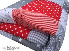 babrause Krabbeldecke -  Babydecke Patchworkdecke rot grau - ein Designerstück von babrause bei DaWanda