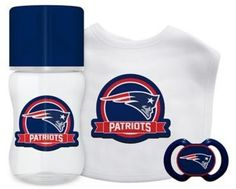 Baby Fanatic NFL New England Patriots 3-Piece Gift Set in White/Blue
