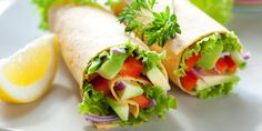Veggie wraps - Tomato cucumber and lettuce - add a slice of meat meals 300 calories or less Healthy Lunches For Kids, Kids Meals, Healthy Snacks, Healthy Eating, Healthy Breakfasts, Clean Eating, Vegan Lunches, Eating Well, Healthy Cooking