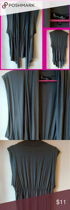 Gray Vest EUC Lightweight gray vest.  Hi low hem.  Comfy.  Great over tank or t-shirt. Medium EUC Jackets & Coats Vests