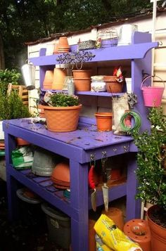 Shed Paint Colours, Potting Station, Potting Tables, Potting Sheds, Garden Pots, Garden Ideas, Garden Sink, Fence Garden, Garden Benches