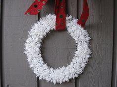Video Tutorial -  Snowflake Wreath Craft Tutorial - craft, snowflake, tutorial, video, wreath