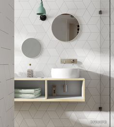 Love the tile / Rhombus Diamond Tile Backsplash Pattern Marble Bathroom Floor, White Bathroom Tiles, Bathroom Flooring, Wall Tiles, Tile Flooring, White Tiles, Modern Bathroom, Bad Inspiration, Bathroom Inspiration