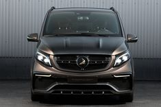 Ideas Nice Cars For Women Vehicles Mercedes Benz Mercedes Benz Vito, Mercedes Van, Bentley Suv, Bling Car Accessories, Luxury Van, Old Vintage Cars, Car Volkswagen, Bmw Cars, Retro Cars