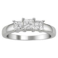 1 CT. T.W. Princess Cut Diamond 3-Stone Prong Set Ring in 14K White Gold (H-I, I1-I2)