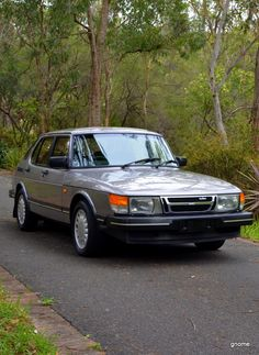 SAAB 900 Turbo 1986 Sometimes there's a car, and it's not super rare, or super expensive, but there's something about it...and you know you want one...such is the Saab 900 for me.