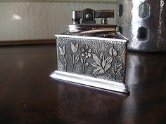 I LOVE this vintage lighter!