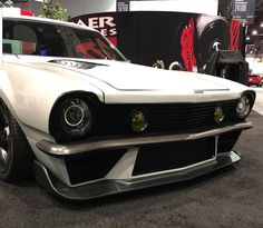 The simple car returns to take awards. American Muscle Cars, Ford Mustang Eleanor, Body Kits, Ford Maverick, Classic Hot Rod, Car Tuning, Car Ford, Retro Cars, Car Detailing