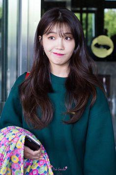 Kpop Girl Groups, Korean Girl Groups, Kpop Girls, The Most Beautiful Girl, Beautiful Person, Uzzlang Girl, Pink Girl, Eunji Apink, Pink Panda