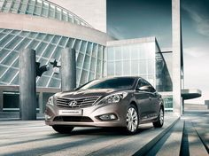 Hyundai Grandeur, Dallas  Checkout the automotive photo shoot http://www.harniman.com/blog/hyundai-grandeur/