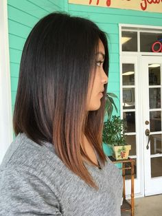 Medium long graduated Bob asymmetrical Long Graduated Bob, Graduated Bob Haircuts, Long Bob Haircuts, Bob Hairstyles, Long Asymmetrical Bob, Bob Haircut For Fine Hair, Long Hair Cuts, Hair Today, Hair Inspo