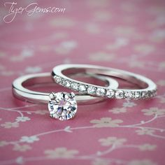 Simply perfect. ✨ The 1/2 ctw solitaire set from TigerGems.com.