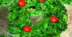 Christmas Wreaths Holiday Cookies, Holiday Treats, Christmas Treats, Christmas Recipes, Christmas Fun, Holiday Recipes, Yummy Recipes, Cookie Recipes, Cookies
