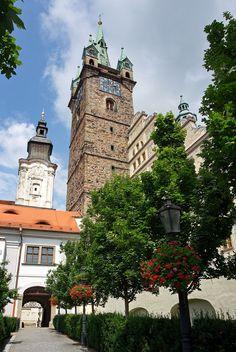 Czech Republic, Prague, Europe, Mansions, Landscape, House Styles, Travel, Beautiful, Frames