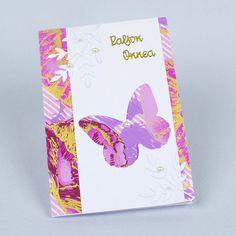 Tee kaunis perhoskortti kuvioleikkurin ja -terien avulla. Yhdistä värikäs paperi ja puhtaan valkoinen kartonki niin saat raikkaan lopputuloksen. Voit korvata onnea tarran ystävänpäivätoivotuksella. Diy, Bricolage, Diys, Handyman Projects, Do It Yourself, Crafting