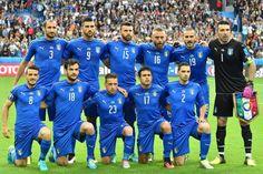 Europameister Spanien ist draussen! Italien zu stark http://gianluigibuffon.forumo.de/post75843.html#p75843
