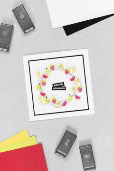 Eine Geburtstagskarte mit einem Obst-Kranz, welche mit der Stampin' Up! Produktreihe Tuttifrutti bestehend aus dem Stempelset Gute-Laune-Korb und dem Stanzenpaket Freche Früchtchen gebastelt wurde. Erdbeere, Ananas, Birne & Melone sind also im Einsatz! | kreativ-format.de