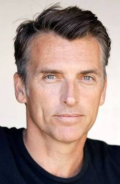 40 Of the Top Hairstyles for Older Men - Hairstyles & Haircuts for Men & Women Popular Haircuts, Cool Haircuts, Haircuts For Men, Haircuts For Receding Hairline, Receding Hair Styles, Mens Hairstyles Widows Peak, Top Hairstyles, Natural Hairstyles, Braided Hairstyles