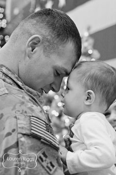 Military Homecoming ... with a little one.