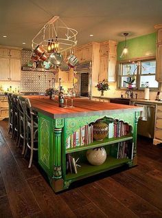 OMG! I need this green cabinet in my kitchen! :O