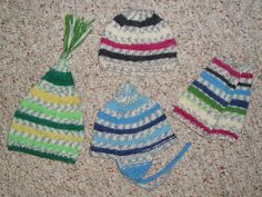 "4 Simple Hats for 18"" Dolls free knitting pattern"