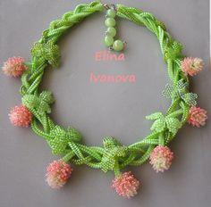 Flower necklace clover trefoil saint Patrick by Elinawonderland