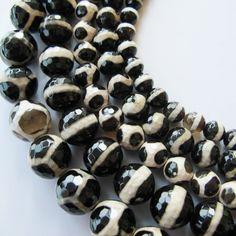 Bulk Dzi beads Tibetan beads black & white agate beads by FARRAgem, $48.00  FARRAgem.etsy.com