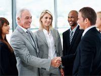 Quieres participar en una conference call o a enviar correos adecuados? Ven a Inglés de Negocios.