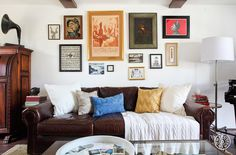 La Habra Heights - Orlando is a gallery wall pro. by Homepolish Los Angeles https://www.homepolish.com/mag/la-habra-heights