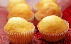 Muffins légers à la vanille WW, recette de savoureux petits gâteaux légers et sans matière grasse, facile à réaliser pour le petit-déjeuner ou le goûter.