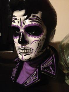 day of the dead makeup - Elvis Sugar Skull Halloween, Sugar Skull Costume, Halloween Kostüm, Halloween Costumes, Candy Skull Makeup, Candy Skulls, Sugar Skulls, Skull Face Paint, Day Of The Dead Art