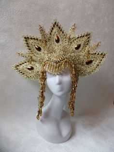Headdress by Art Maska Bridesmaid Accessories, Wedding Hair Accessories, Black Hair Pieces, Maleficent Horns, Cosplay Horns, Gothic Flowers, Gothic Hairstyles, Rose Crown, Diy Crown