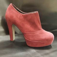 End of November in Bordeaux   #vigevanoshoes #calzaturevigevano #shoes #scatti_italiani #s #bordeaux #shoesbordeaux #fashion #fashionshoes #winter #vigevano #wintercollection #autumnwinter #autumn #cool #collection #tagsforlikes #madeinitaly #promote #italianproduct #italianbrand #girl #beautiful #best #quality #bestquality #tag #follow