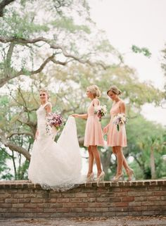 I know my wedding is over but if I were having a spring wedding light pink bridesmaid dresses for sure. Wedding Fotos, Wedding Pics, Wedding Bells, Wedding Ideas, Wedding App, Party Wedding, Wedding Trends, Sister Wedding Pictures, Wedding Shot