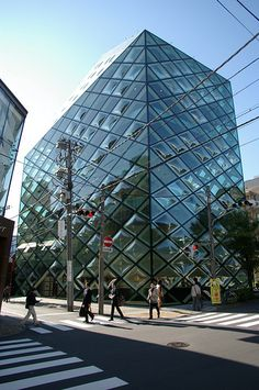 Prada Store / Tokyo. By Herzog and DeMeuron