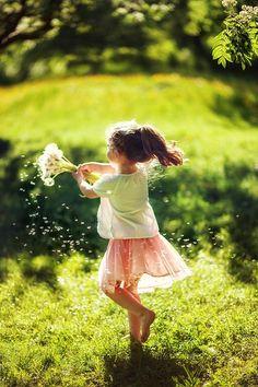 Make a wish. #girls #children #bokeh #photography