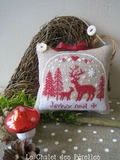 cute cross stitch deer (free pattern)