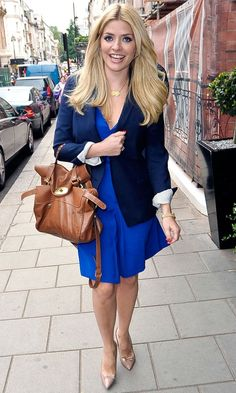 Pippa Middleton, Emma Stone And More: 45 Best Dessed Celebrities This Week Modern Outfits, Stylish Outfits, My Unique Style, My Style, Holly Willoughby Style, Celebrity Style Inspiration, Pippa Middleton, Blonde Women, Celebrity Outfits