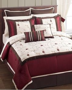how to put a comforter set on a bed